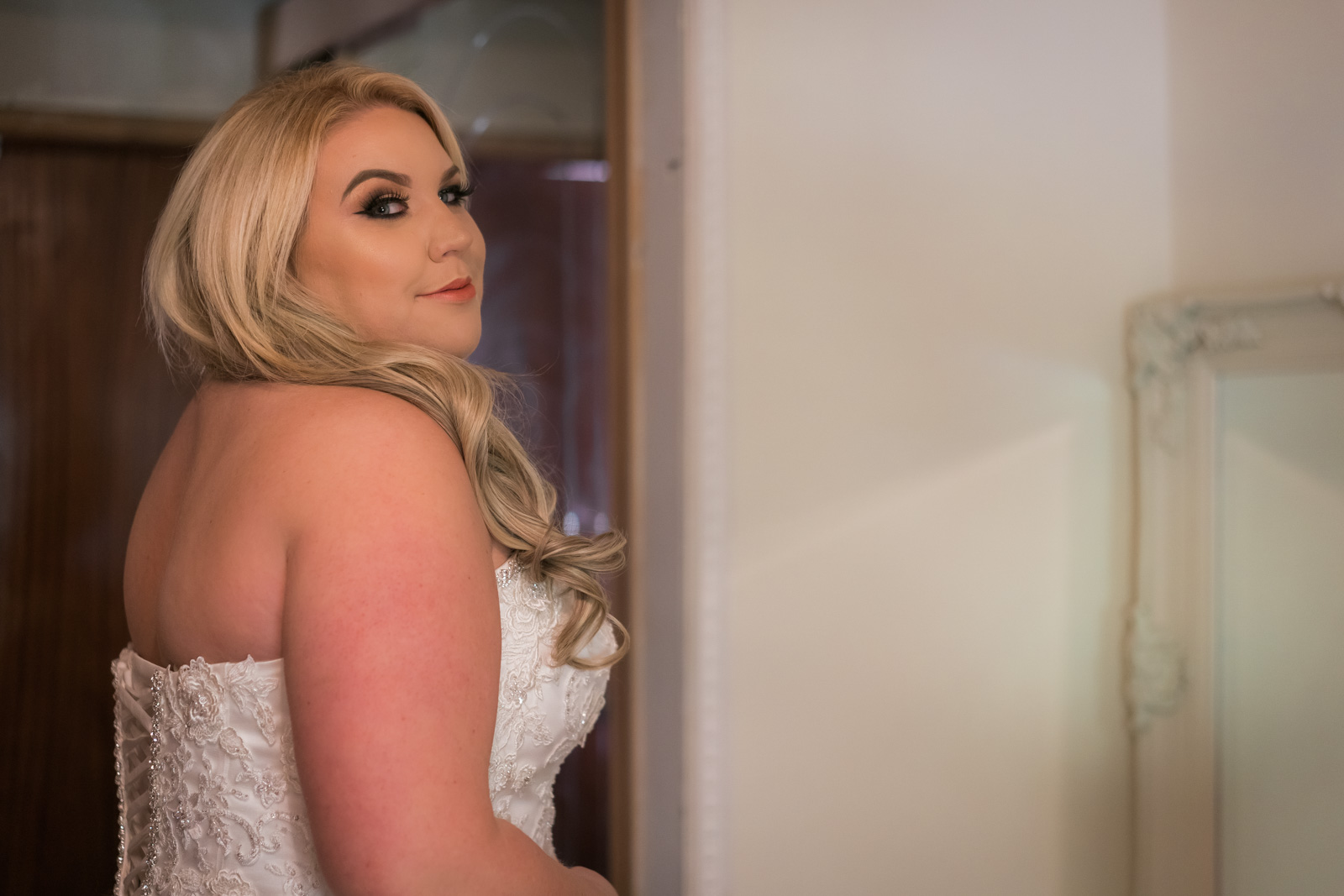 dunblane-hydro-cathedral-wedding-stirlingshire-dearlyphotography (18 of 108).jpg
