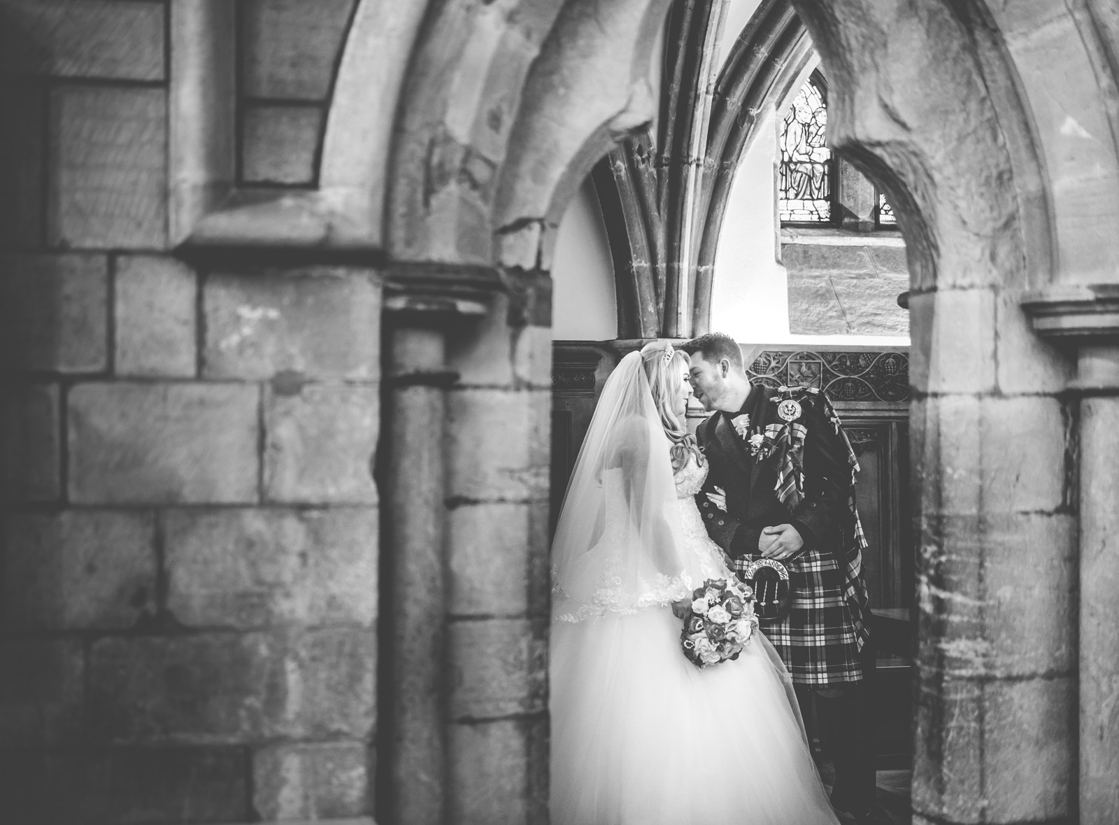 dunblane-hydro-cathedral-wedding-stirlingshire-dearlyphotography (55 of 108).jpg