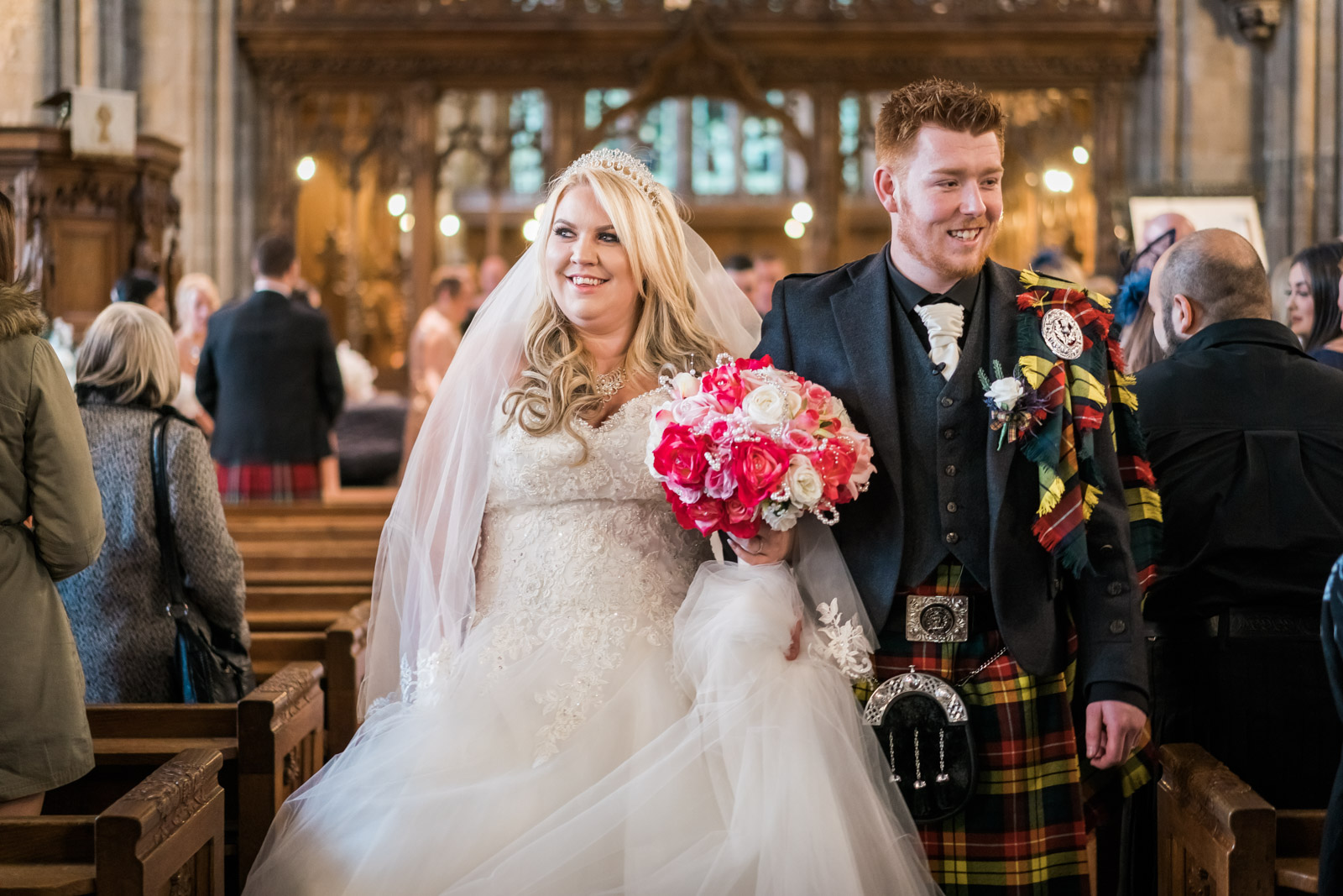 dunblane-hydro-cathedral-wedding-stirlingshire-dearlyphotography (57 of 108).jpg