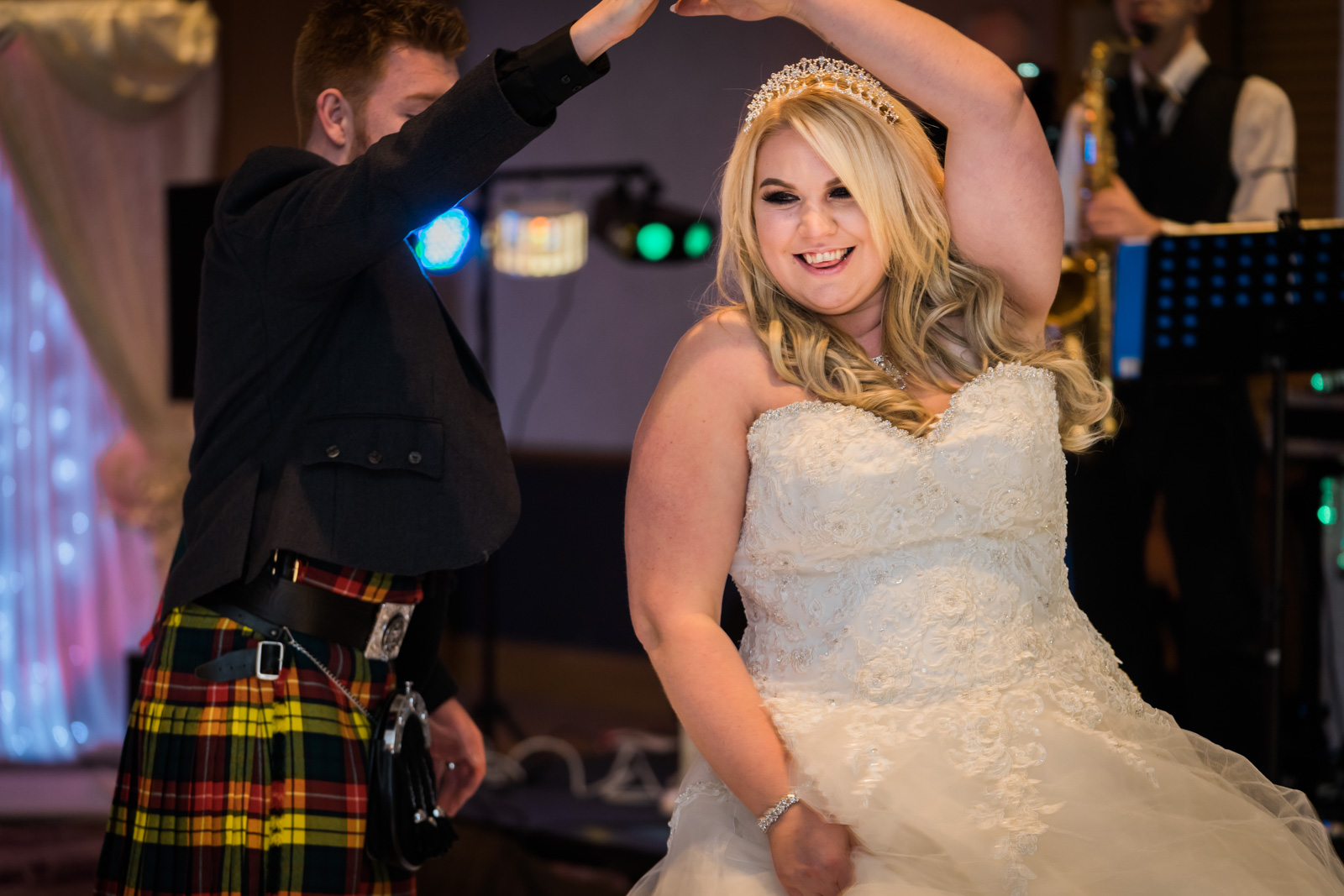 dunblane-hydro-cathedral-wedding-stirlingshire-dearlyphotography (97 of 108).jpg