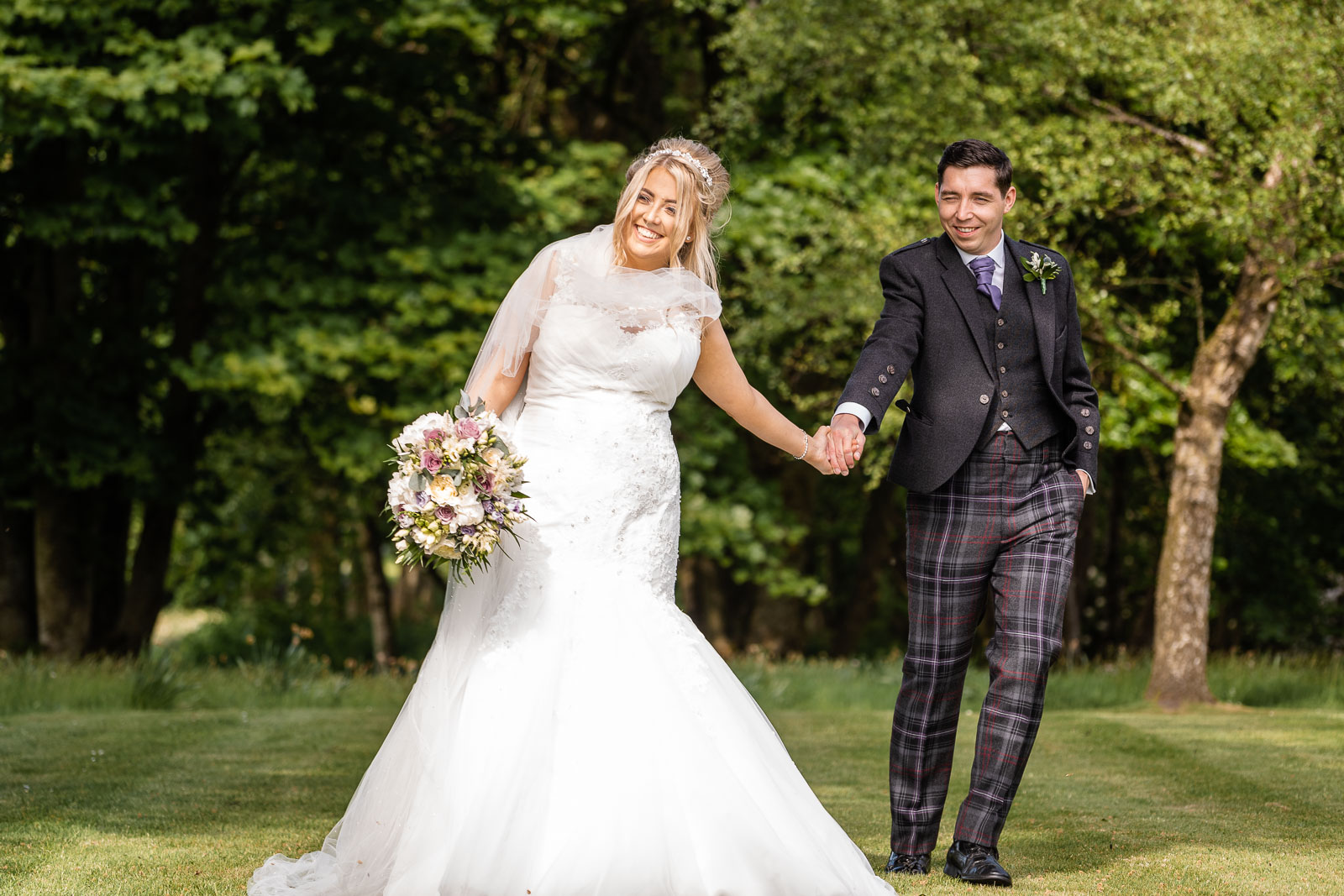 cornhill_castle_wedding_biggar_dearlyphotography (230 of 448).jpg
