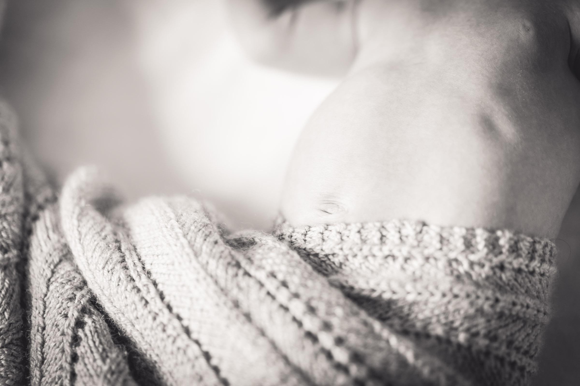 documentary_newborn_photography_glasgow_dearlyphotography (12 of 12).jpg