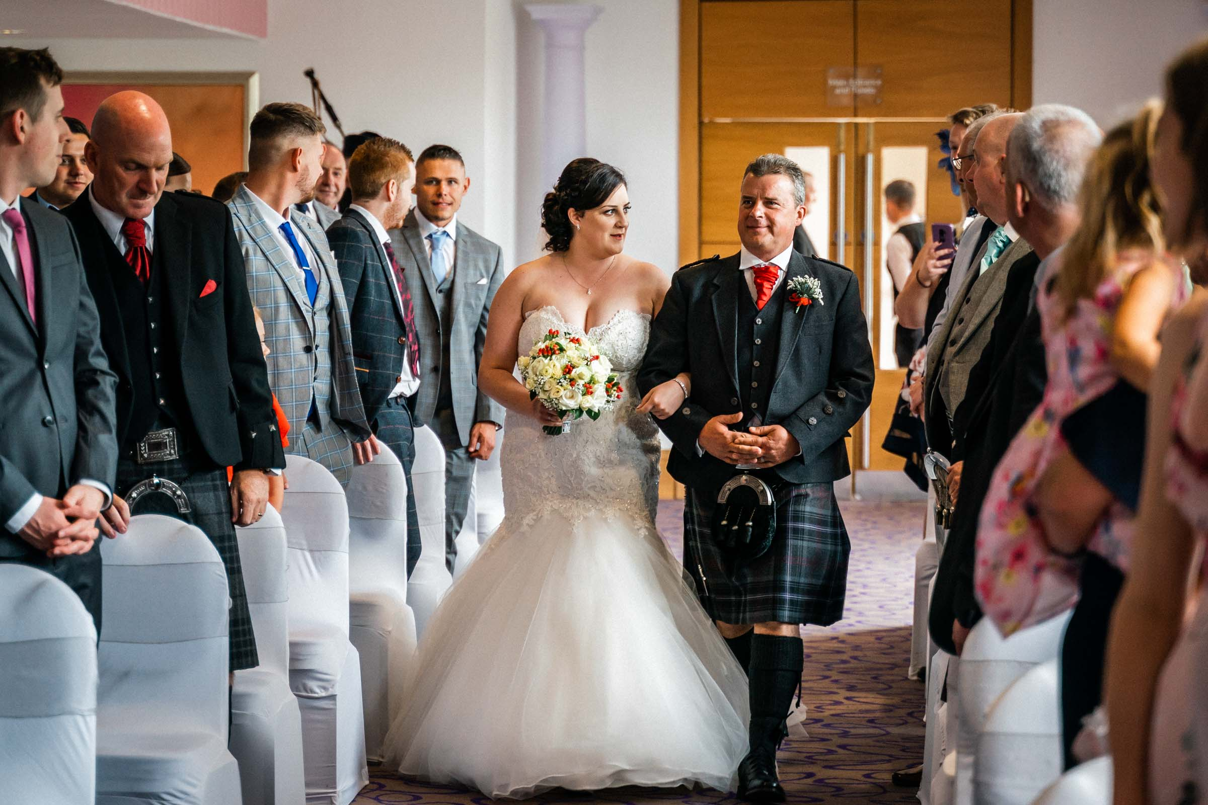 falkirk_wedding_beancross_farm_dearlyphotography (10 of 45).jpg