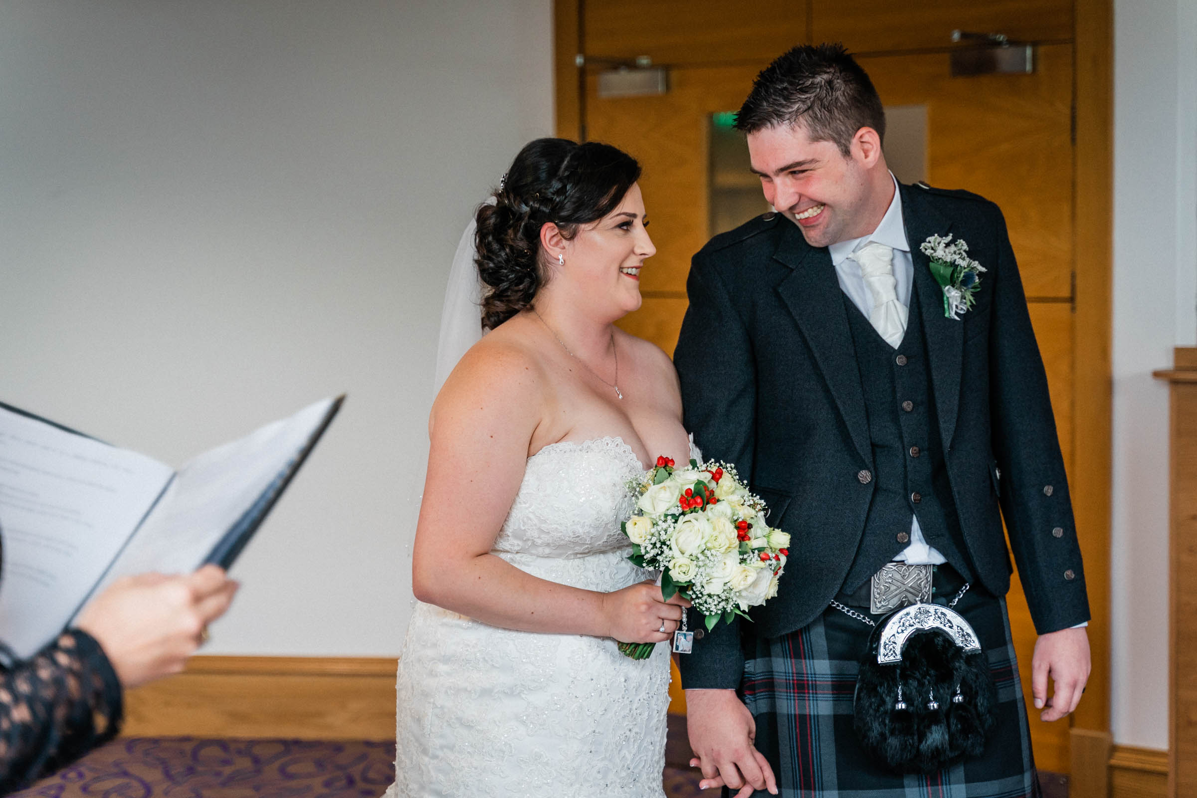 falkirk_wedding_beancross_farm_dearlyphotography (26 of 45).jpg