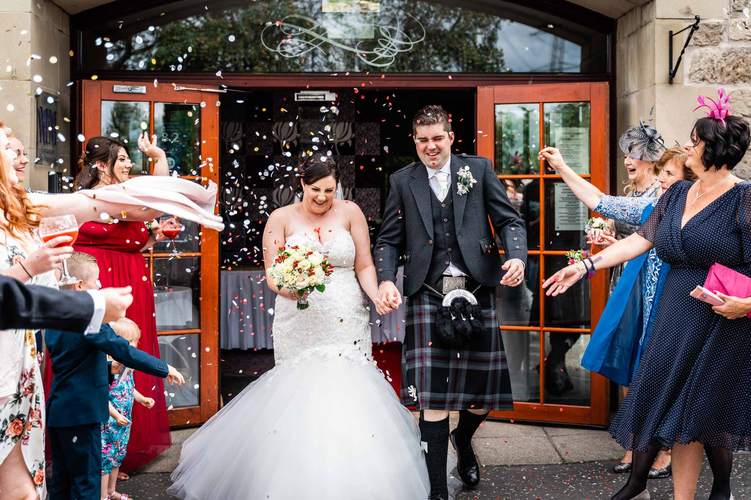 falkirk_wedding_beancross_farm_dearlyphotography (28 of 45).jpg