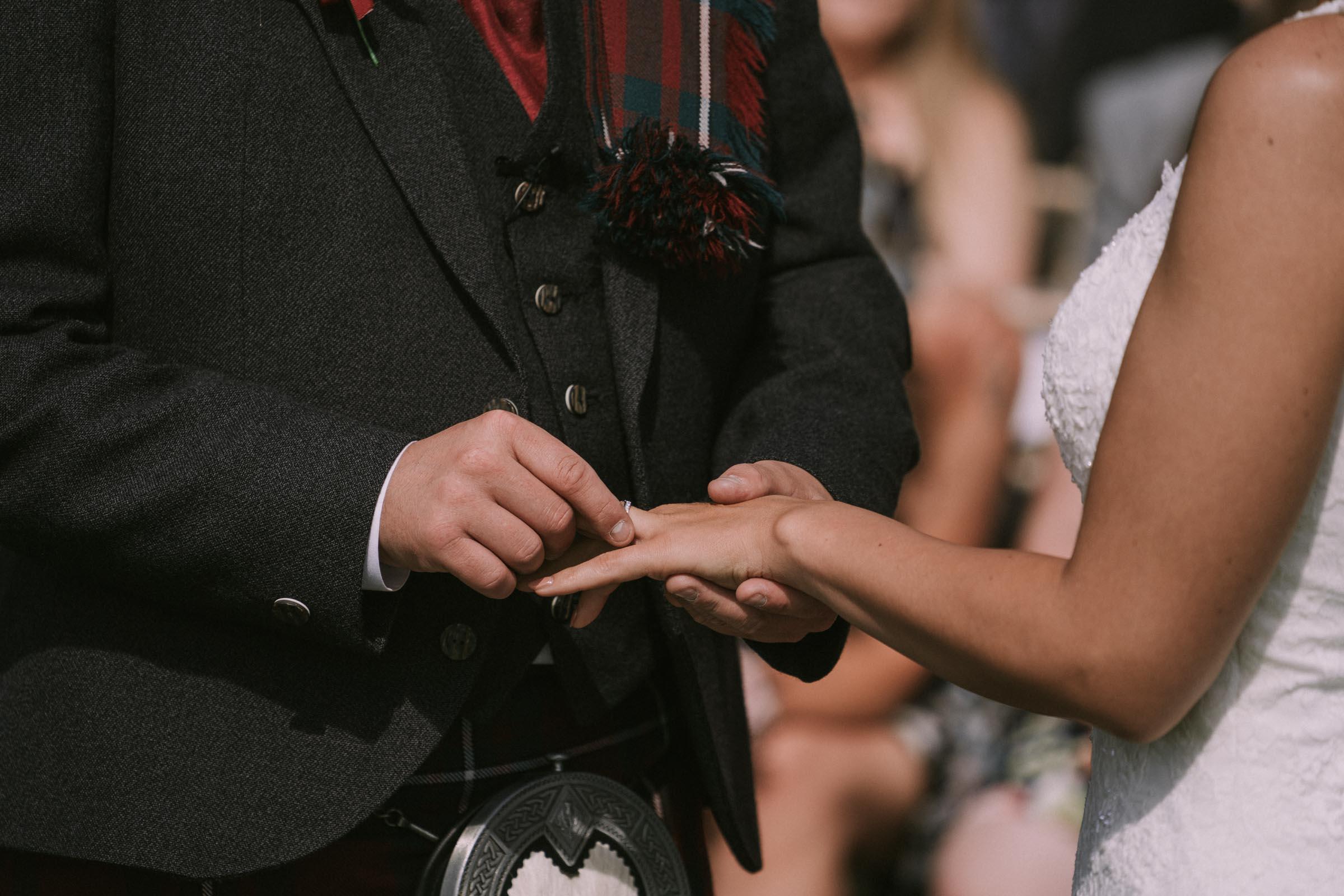 loch_lomond_waterfront_wedding_dearlyphotography (48 of 103).jpg