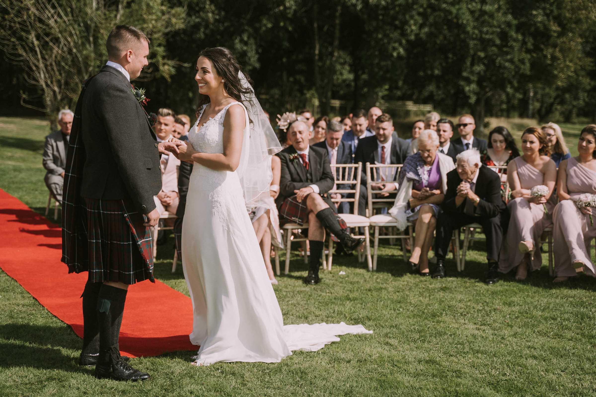 loch_lomond_waterfront_wedding_dearlyphotography (50 of 103).jpg