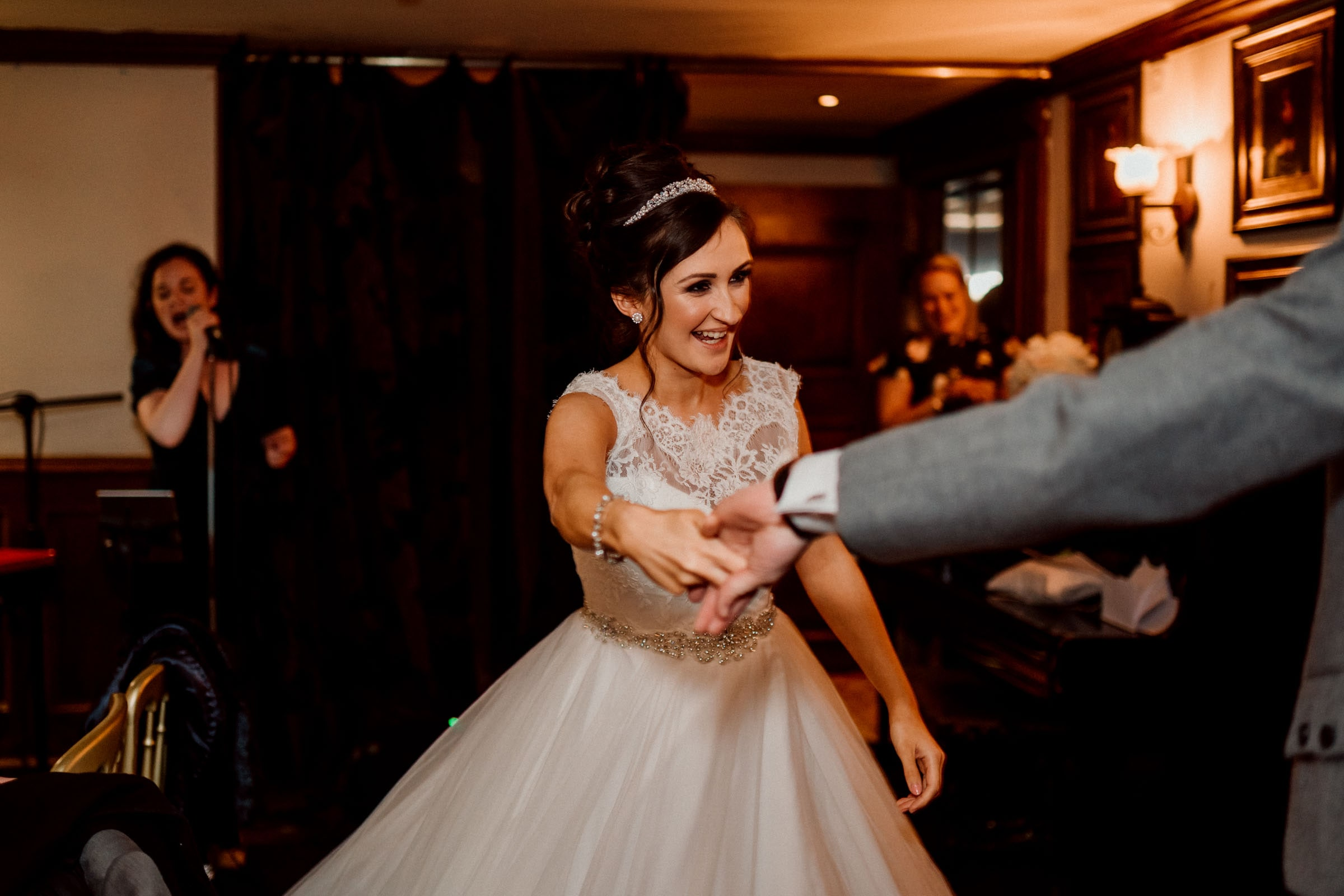 Oran-Mor-Wedding-Photographer-DearlyPhotography (47 of 55).jpg
