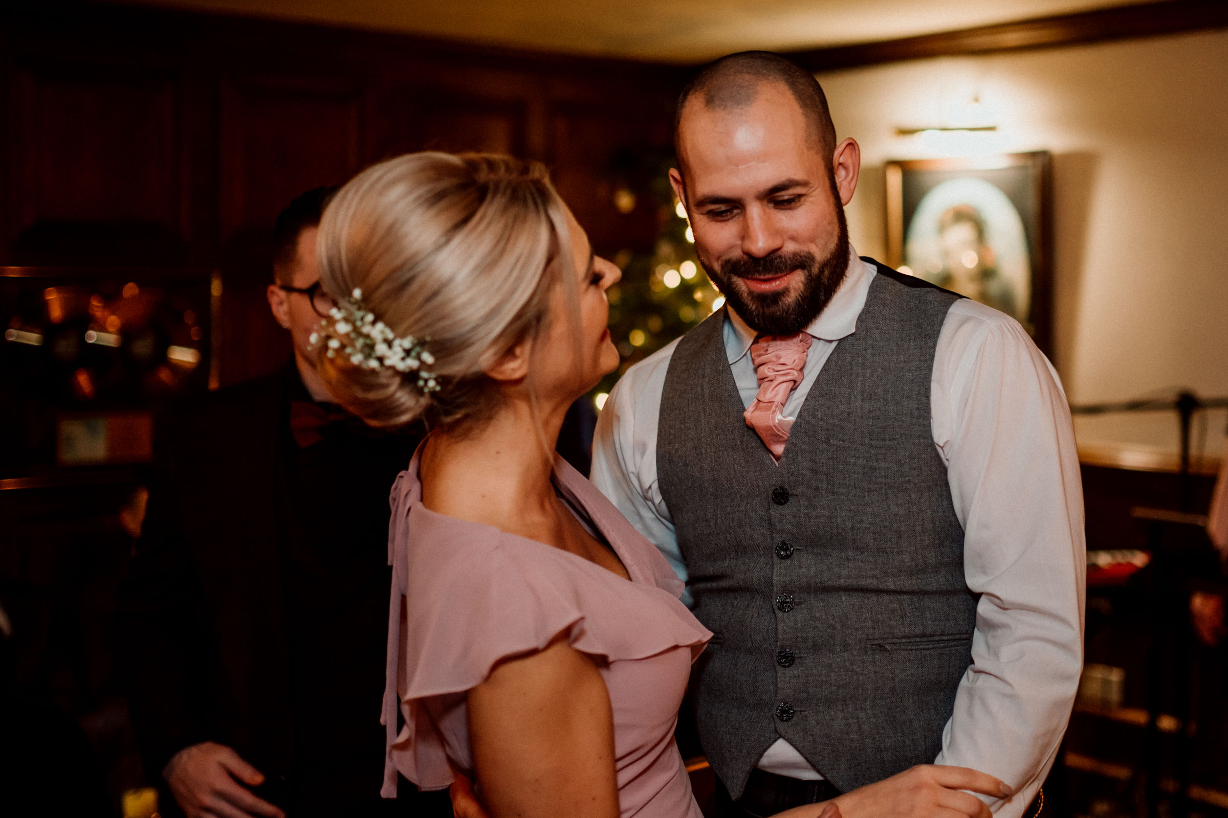 Oran-Mor-Wedding-Photographer-DearlyPhotography (48 of 55).jpg