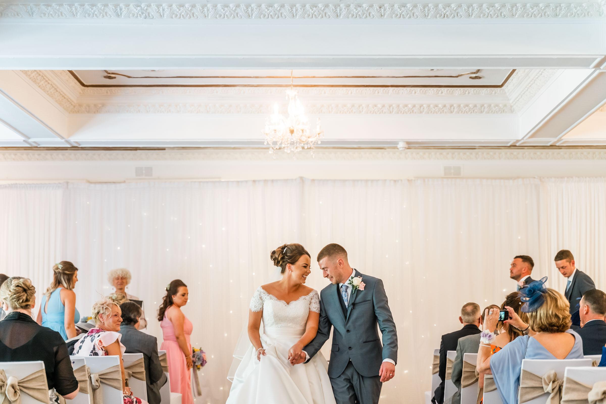 Dalmeny-Park-Glasgow-Wedding-Dearly-Photography-Scotland (27 of 75).jpg