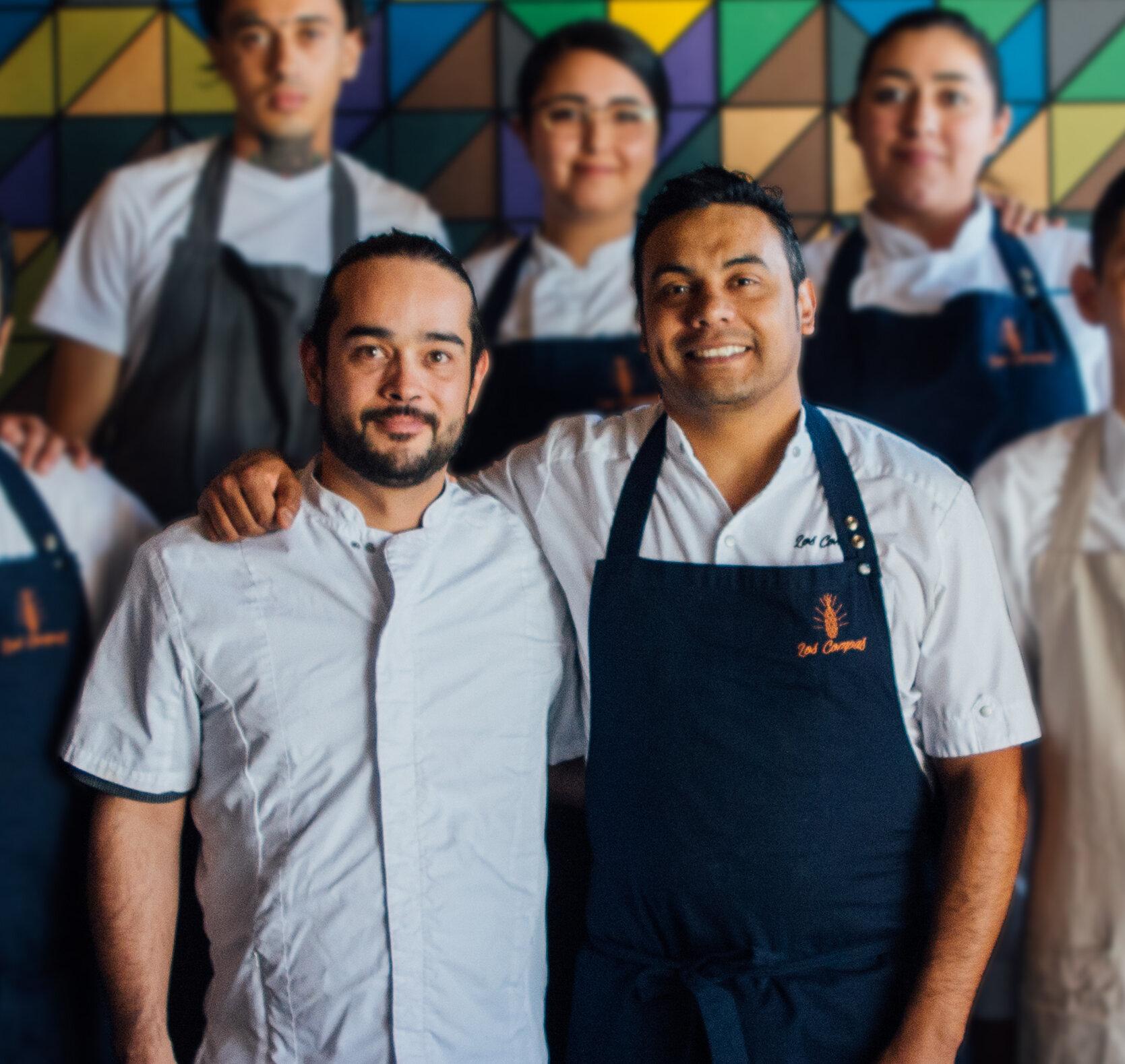 Los Compas TJ - Los Compas es una propuesta de cocina creativa de los Chef Mario Peralta y Juan Cabrera basada en platillos tradicionales elaborados de maíz, combinando el uso de ingredientes del centro del país y la Baja California.Los Compas está ubicado en el Centro Comercial Rocasa de la ciudad de Tijuana, Baja California.Conoce más sobre sus trayectorias aquí.
