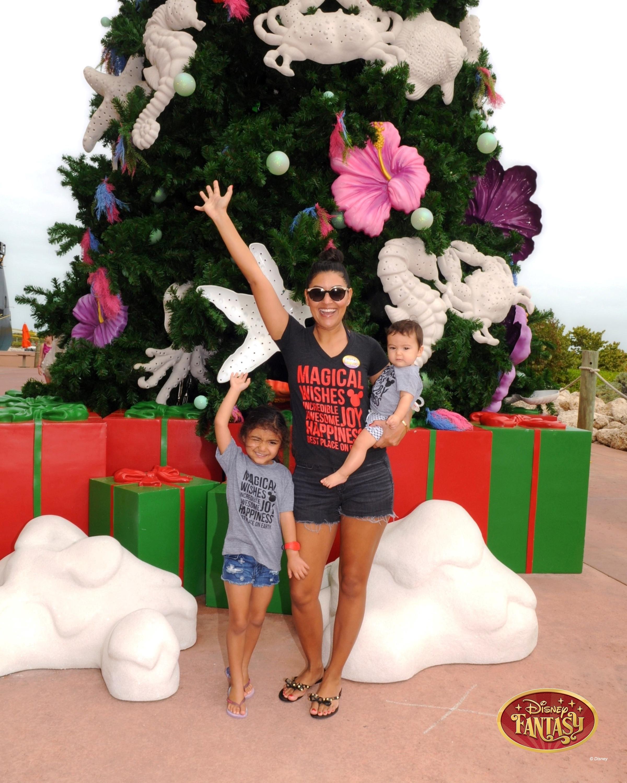 351-87850439-Castaway Cay Tree-40535_GPR.jpg