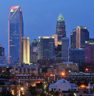 af7ef2af7ca2f4bc2e1a7136fa5561ef--charlotte-usa-city-skylines.jpg