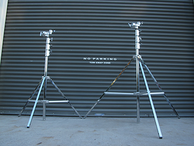 Airstar height adjustable tripod in 2 sizes.