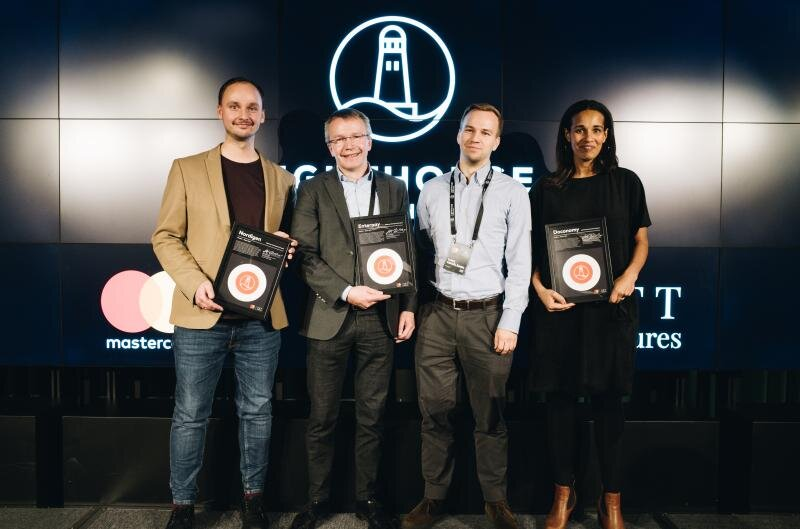 STARTUP PITCHES - Hear company pitches from the 3 finalists in the 2019 Lighthouse Development Program and find out who will be crowned this year's winner!