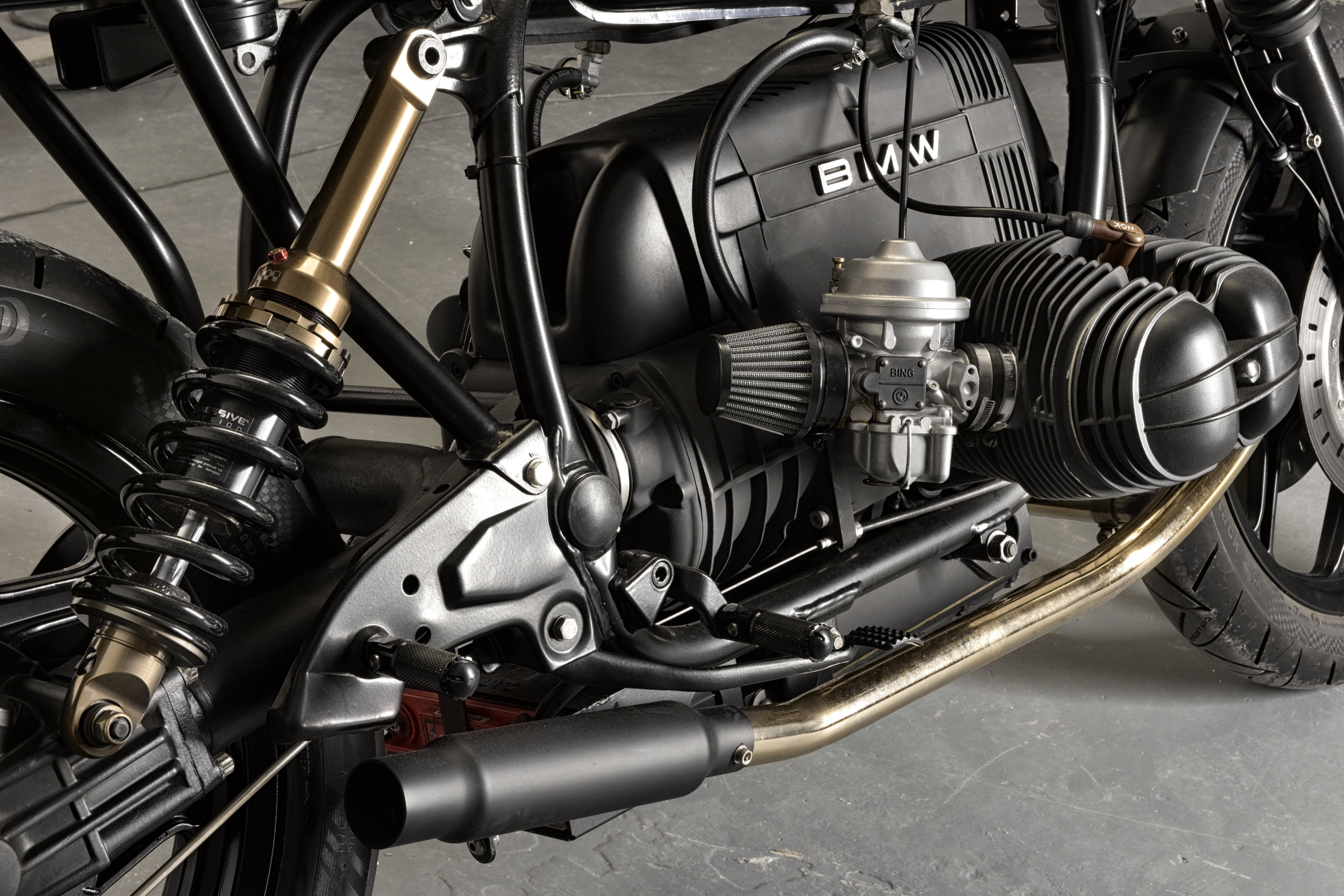 BMW-R80-BLACK-12.jpg