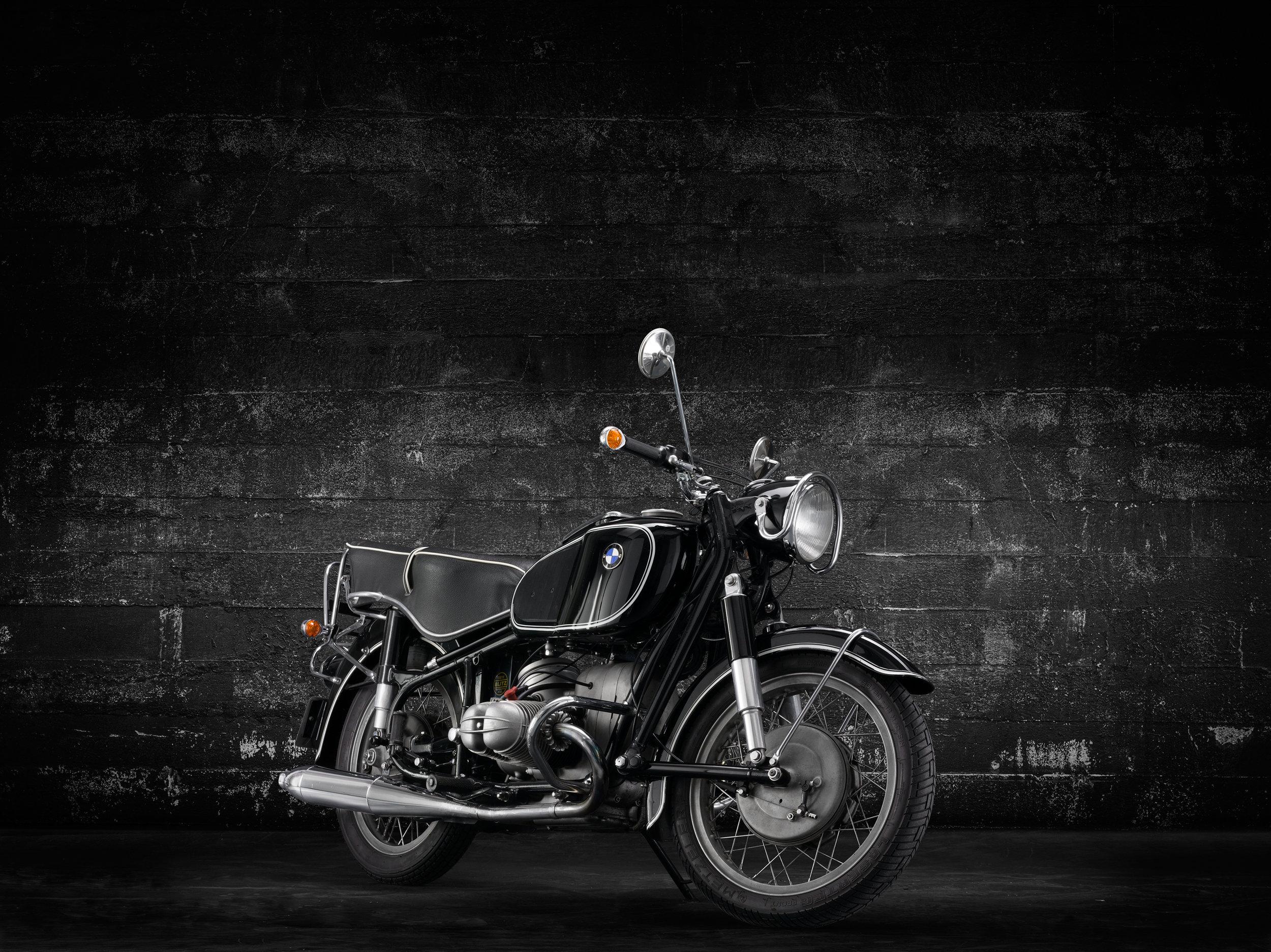 BMW-R69-3_4-RHS copy.jpg