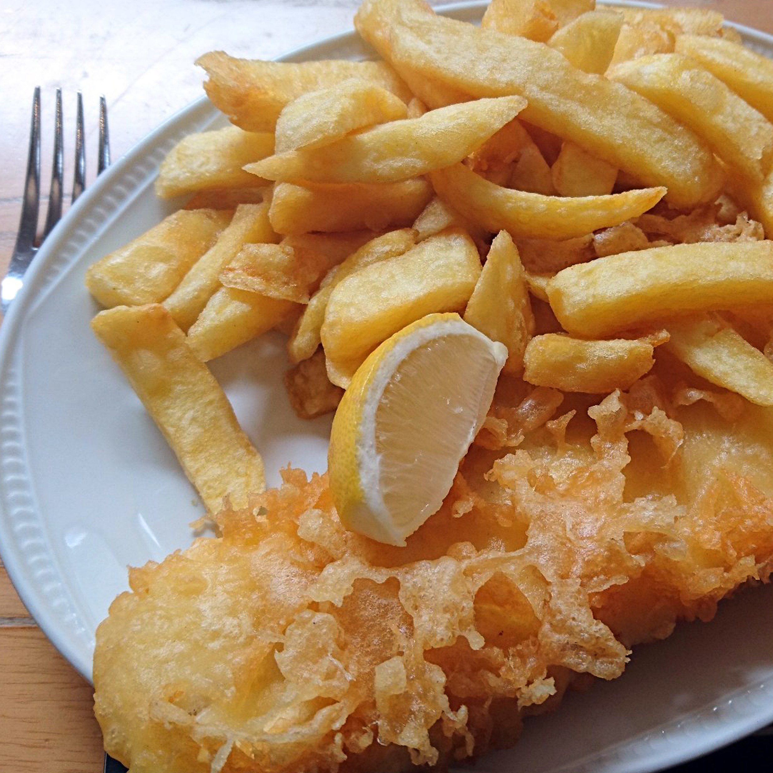 Kingfisher    Kingfisher offer fantastic fish and chips at a reasonable price. Or try their delicious homemade Cumberland sausage. The whole family will love the food here.