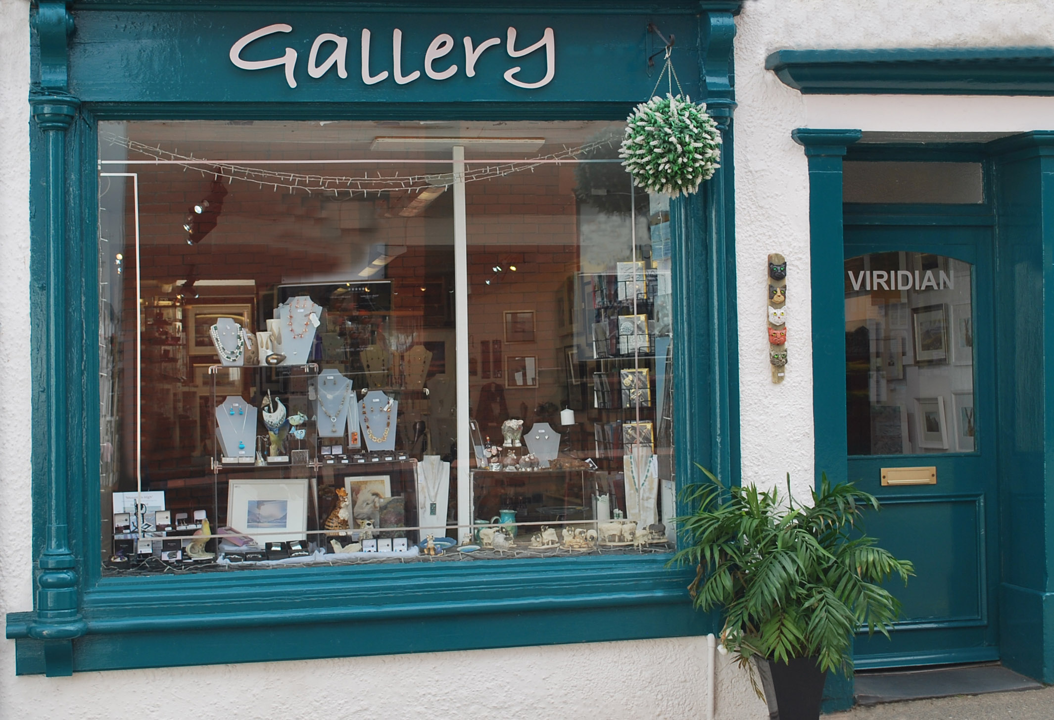 Viridian Gallery    Viridian Gallery, established in 1997, displays a high standard of individual British Art and Craft work, reflecting the rich variety of styles to be found in the area. You will find small quirky or design led gifts alongside large statement pieces.  Owned by watercolourist Diane Gainey, there are permanent displays of her most recent originals, and the full range of her limited edition prints. The gallery also shows the work of other invited artists, resulting in strong dynamic displays of paintings, ceramics, glass, contemporary jewellery and accessories, as well as a superb selection of greetings cards. The gallery is located opposite the cinema.  13 St. John's Street, Keswick, CA12 5AP  017687 71328