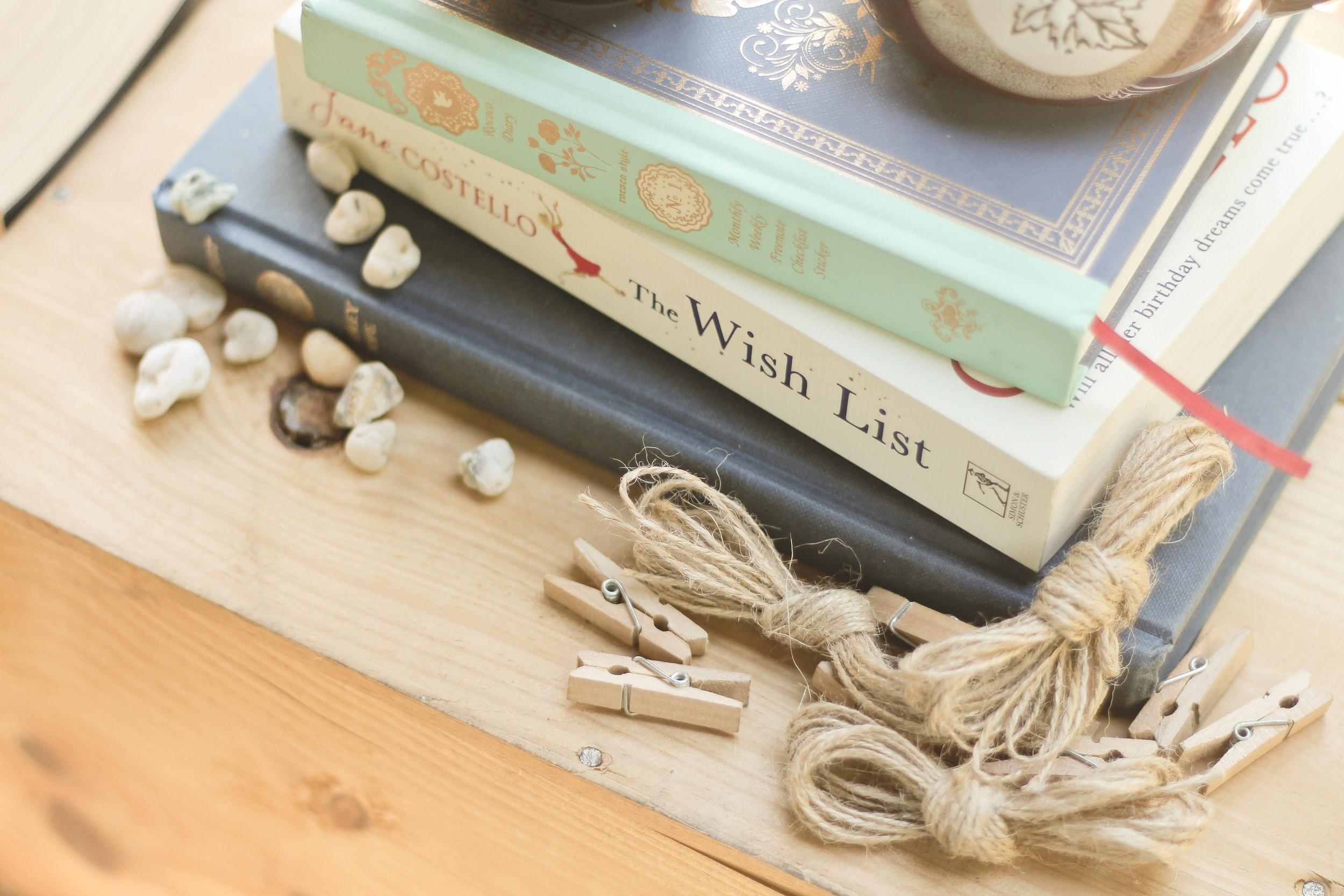 blur-books-clips-246521.jpg