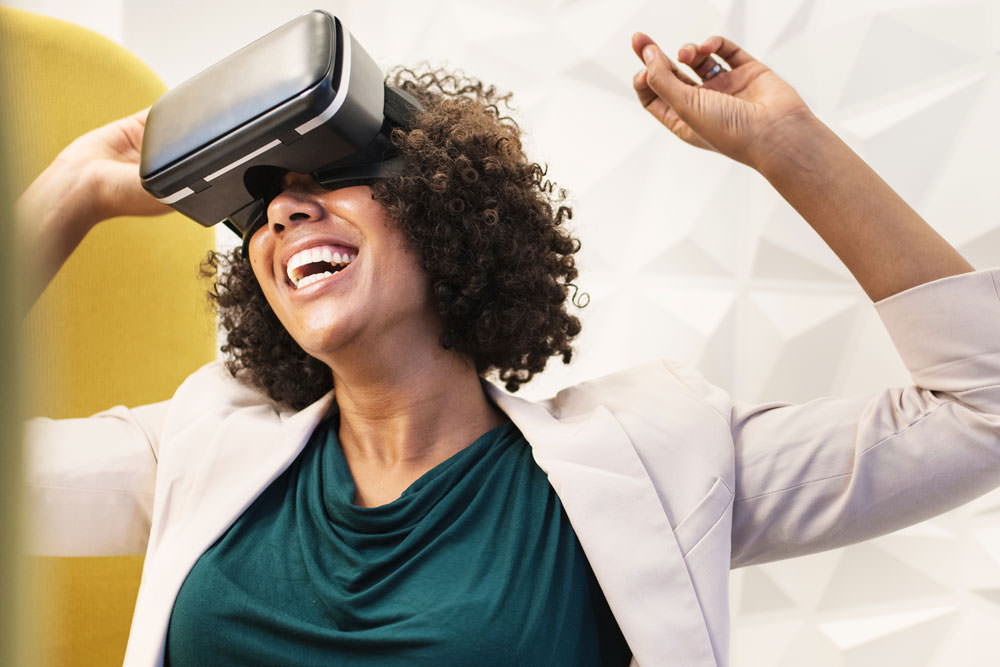 2. Virtual Reality - VR can be used by hotels and venues to give guests a 3D tour of a rental location.
