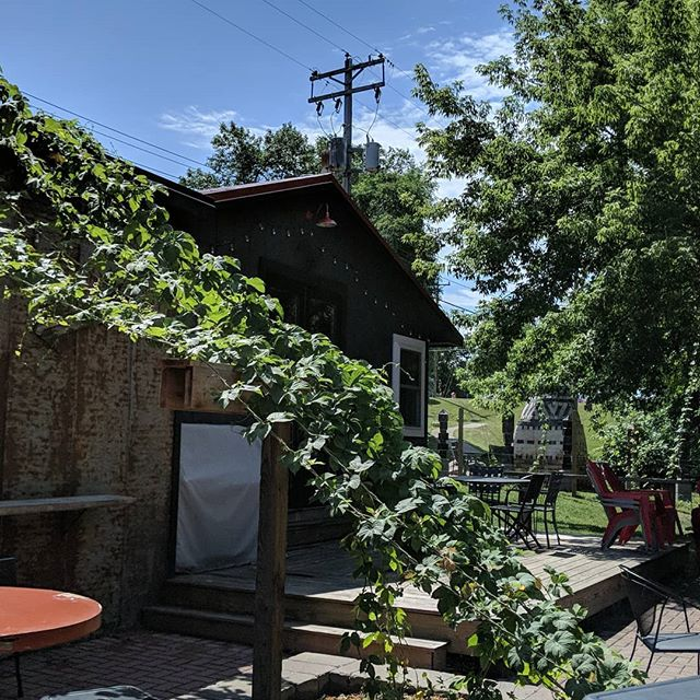 Yoga and beer Saturday at 11AM at @goatridgebrewingco . Outside -- there's sunny and shaded spots. We have mats. Get your ticket on Eventbrite for $15 or drop-in for $20. #yogaandbeer
