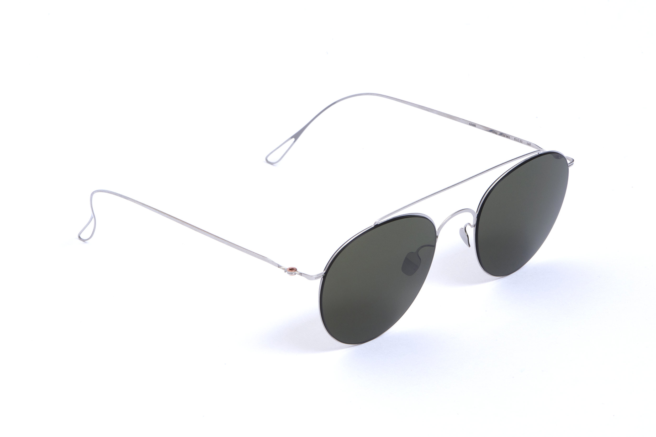 haffmans_neumeister_gray_silver_g15_ultralight_sunglasses_angle_102462.jpg
