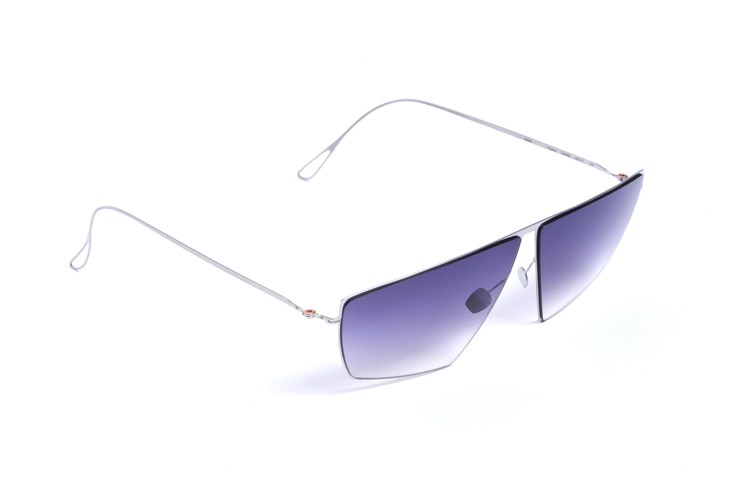 haffmans_neumeister_typhus_silver_purplerain_gradient_ultralight_sunglasses__angle_102438.jpg