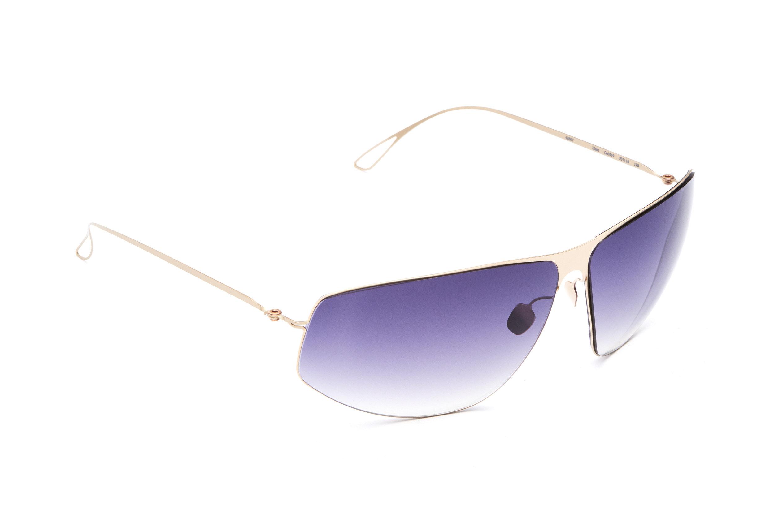 haffmans_neumeister_hunt_cremant_purplerain_gradient_ultralight_sunglasses_angle_102478.jpg