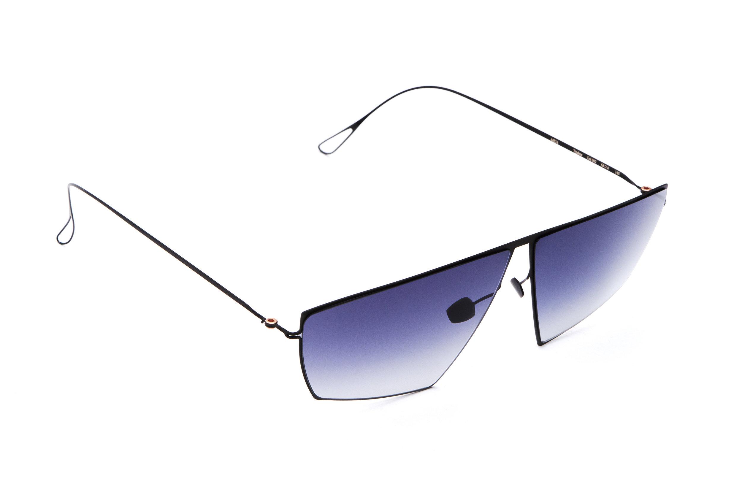 haffmans_neumeister_typhus_black_tempest_gradient_ultralight_sunglasses_angle_102441.jpg