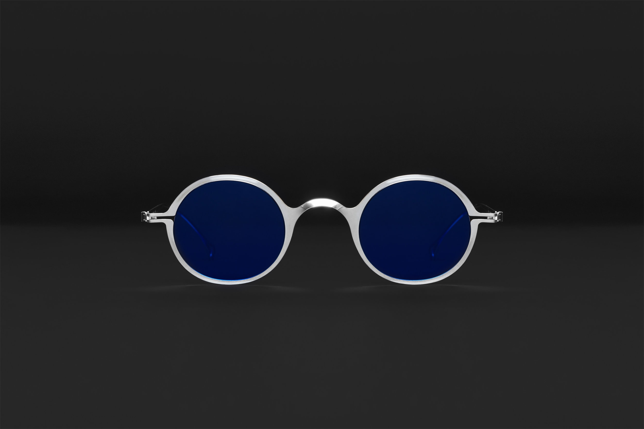 haffmans_neumeister_laudanum_argentum_litmus_blue_phasmid_sunglasses_front_102224.jpg