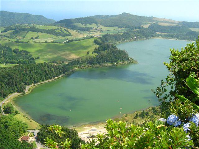 Lagoa das Furnas , Azores, Portugal