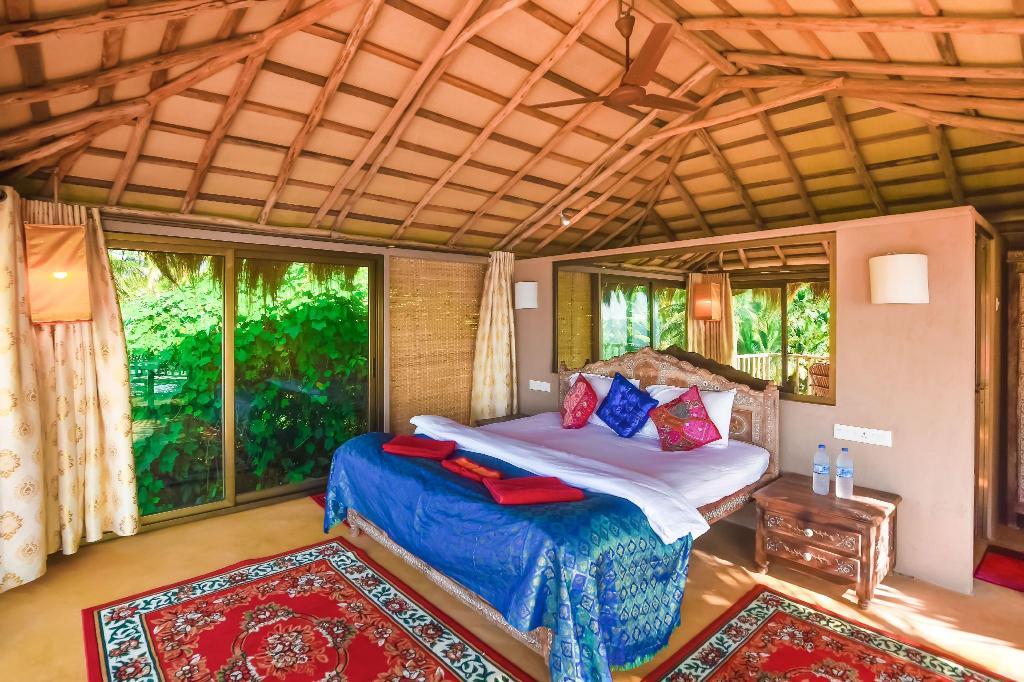 Room at Dwarka Boutique Beach Resort, Goa, India