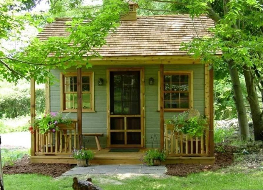 A Canmore tiny house in Foot Of Ten, Pennsylvania