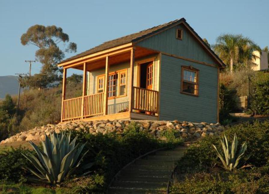 A Canmore tiny house in Santa Barbara, California