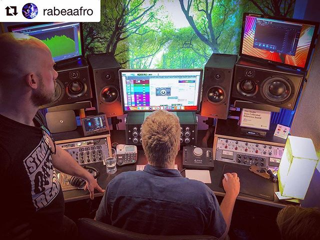 #Repost @rabeaafro ・・・ Being masterful with the @officialtoska album over at @horizonmastering - This mix icing sure sounds good!  #toska #firebythesilos #album #horizonmastering #excited #newmusic #analogue #toska @mark_roberts_producer
