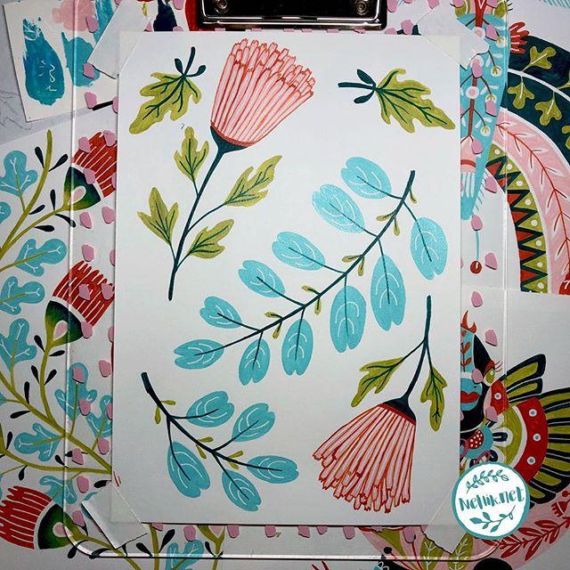 Day 67 of #the100dayproject  Some flowers and leaves. . . . @lindsayjeanthomson  @VictoriaJohnsonDesign #birdsbutterfliesandblooms  #paintedflowerss #artchallenge #paintingchallenge #instagramchallenge #paintanyway  #dailysketch #lovetopaint  #guachepainting #greetingcarddesign  #makeitindesign #makeartthatsells #MATSHomeDecor #homedecor #Nellik #patternobserver #artlicensing #ArtLicensingShow #artforlicensing #thecolorgang #surfacedesign #ArtLicensing #artforproducts #artistsofinstagram #spdcommunity #greetingcarddesign #folkart #folkartpainting