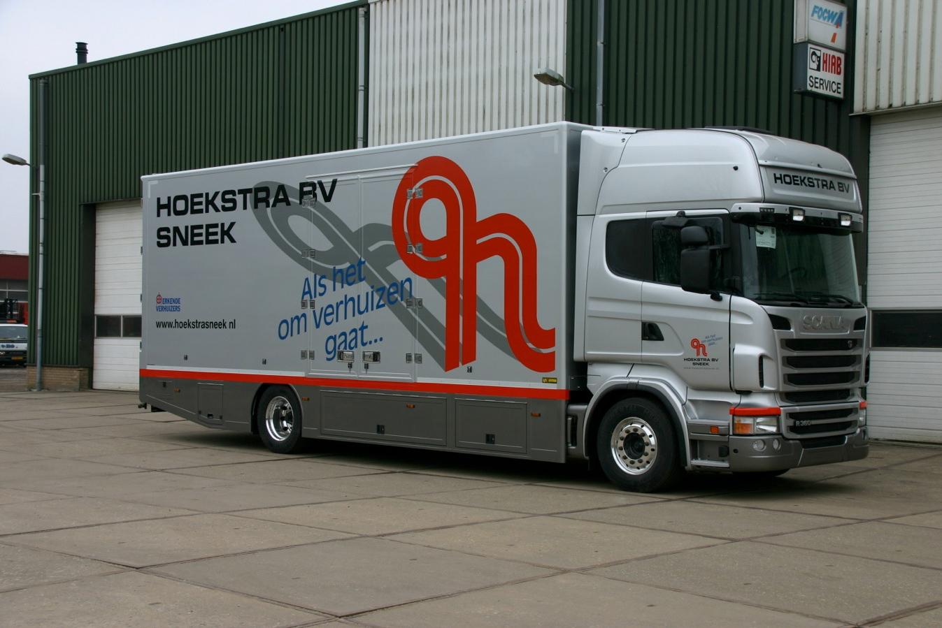 Hoekstra Sneek verhuiswagen gesloten carrosserie- 500kb.jpg