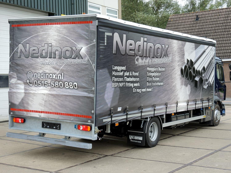 Nedinox - Achteraanzicht passagierszijde
