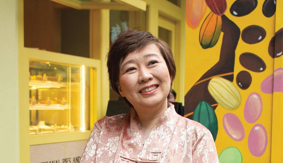 Geraldine J Tan