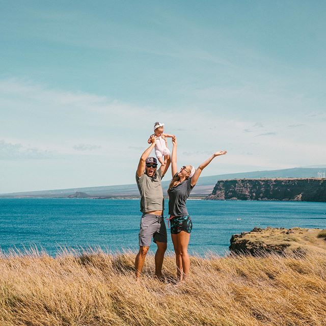 Another Hawaii vlog coming soon, but this gem is from our drive down to South Point on the Big Island!!! Quite possibly our 2019 Christmas card! 😍
