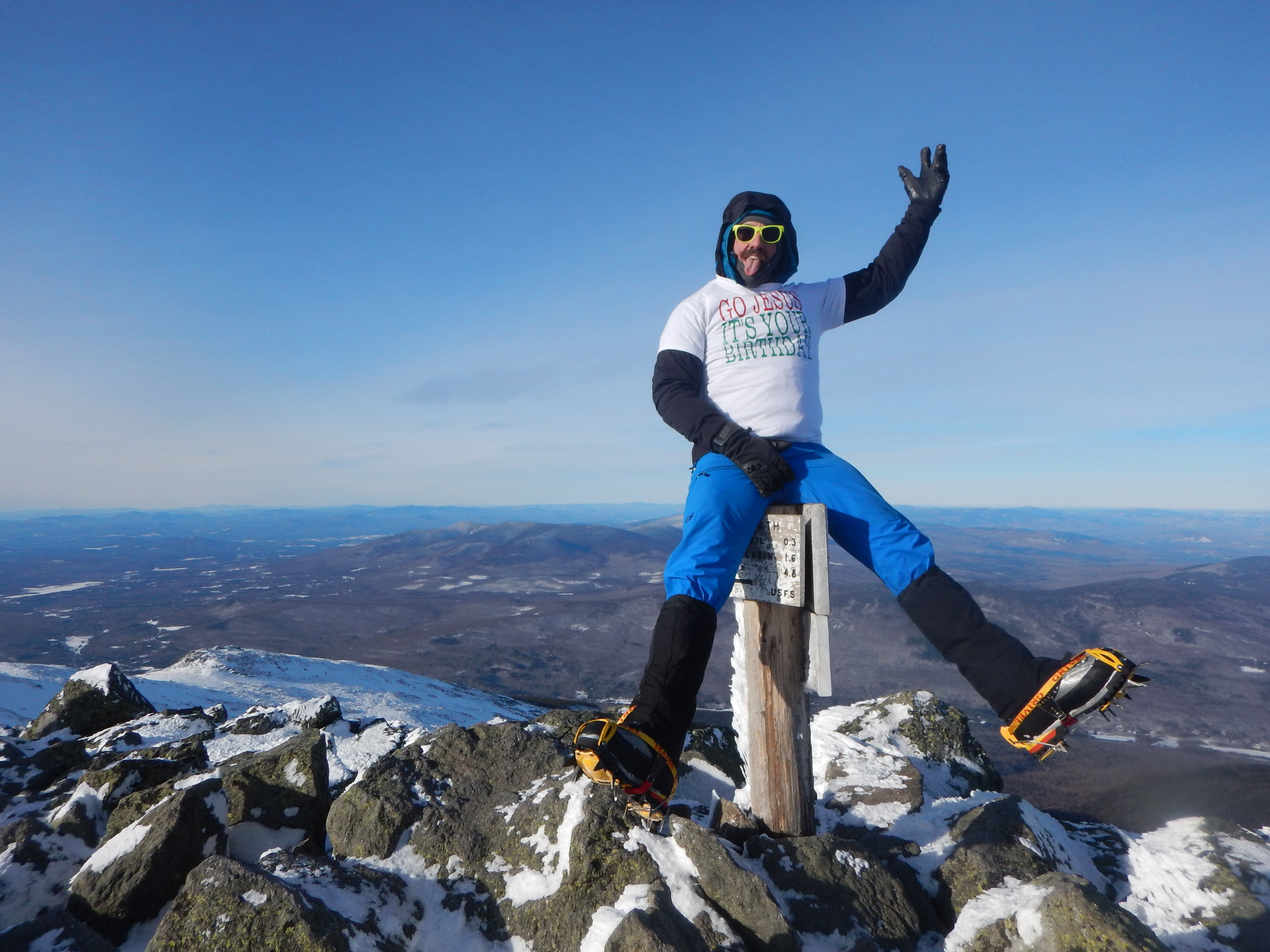 Summiting Mount Adams - A White Christmas