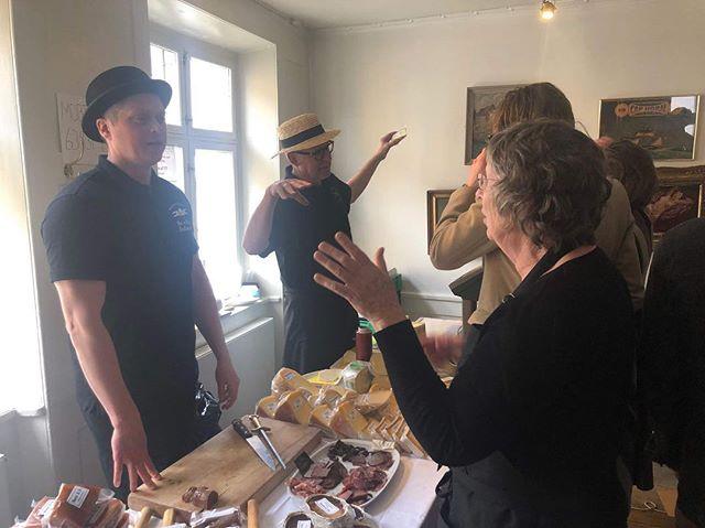 Øko-marked på Cap Horn i Nyhavn med @slagterenvedkultorvet 👌🏼