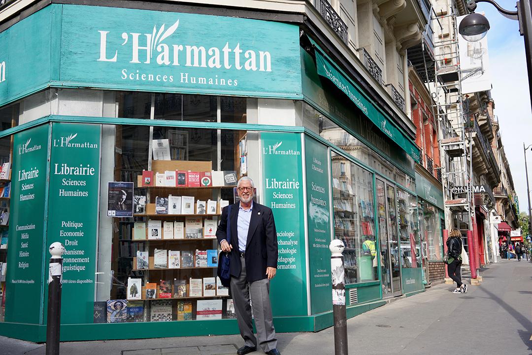 BillPearl-LHarmattan.jpg