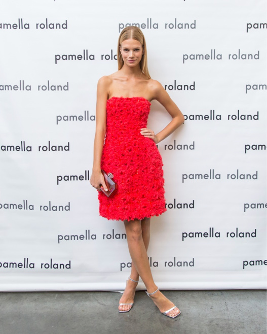 Model Nadine Leopold at the Spring 2018 pamella roland Runway Show