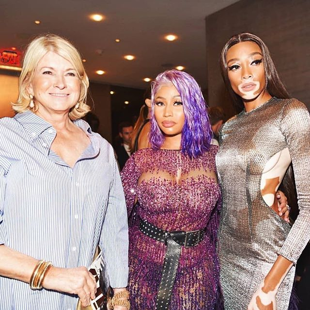 The most iconic trio! @nickiminaj & @winnieharlow, both in #pamellaroland , alongside the @marthastewart48 at this year's @dailyfrontrow awards! #Repost @dailyfrontrow with @get_repost ・・・ These three queens! 💜👸🏼👸🏽👸🏾💜 @marthastewart @nickiminaj @winnieharlow (Breakthrough Model of the Year) #fmas2018 . . . . @zadigetvoltaire @sunglasshut #houseofsun @limcollege @moroccanoil @fijiwater @kimcrawfordwine 📸 @hannahtharts