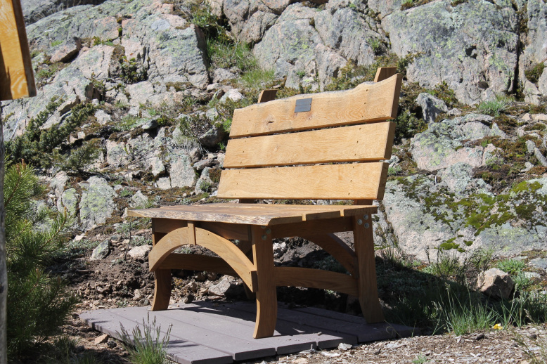 custom fine furniture live edge oak bench