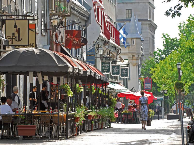 old-quebec-and-the-surrounding-neighbourhoods-rue-sainte-anne.jpg