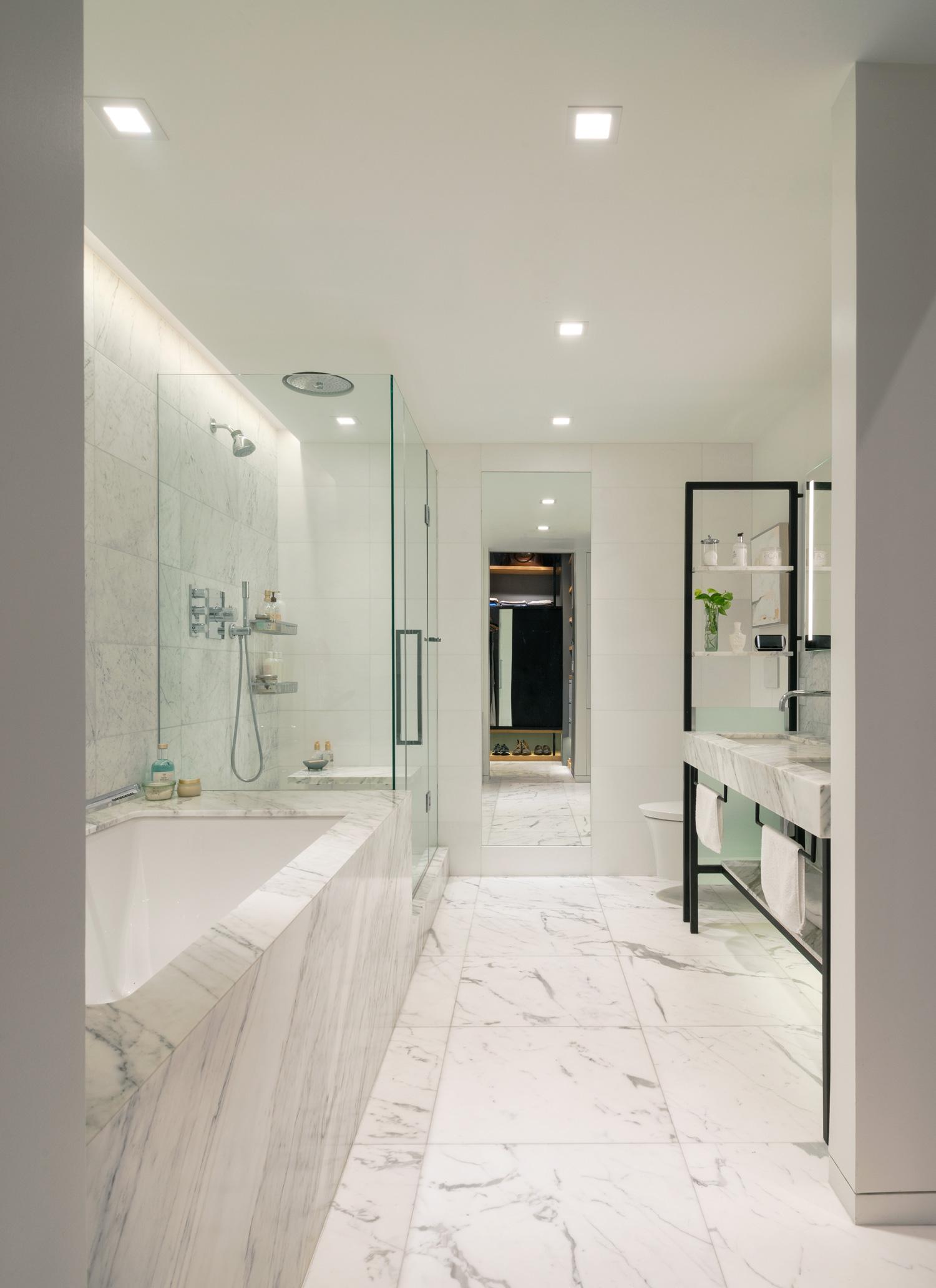 new-york-architect-adi-gershoni-master-bathroom-3.jpg