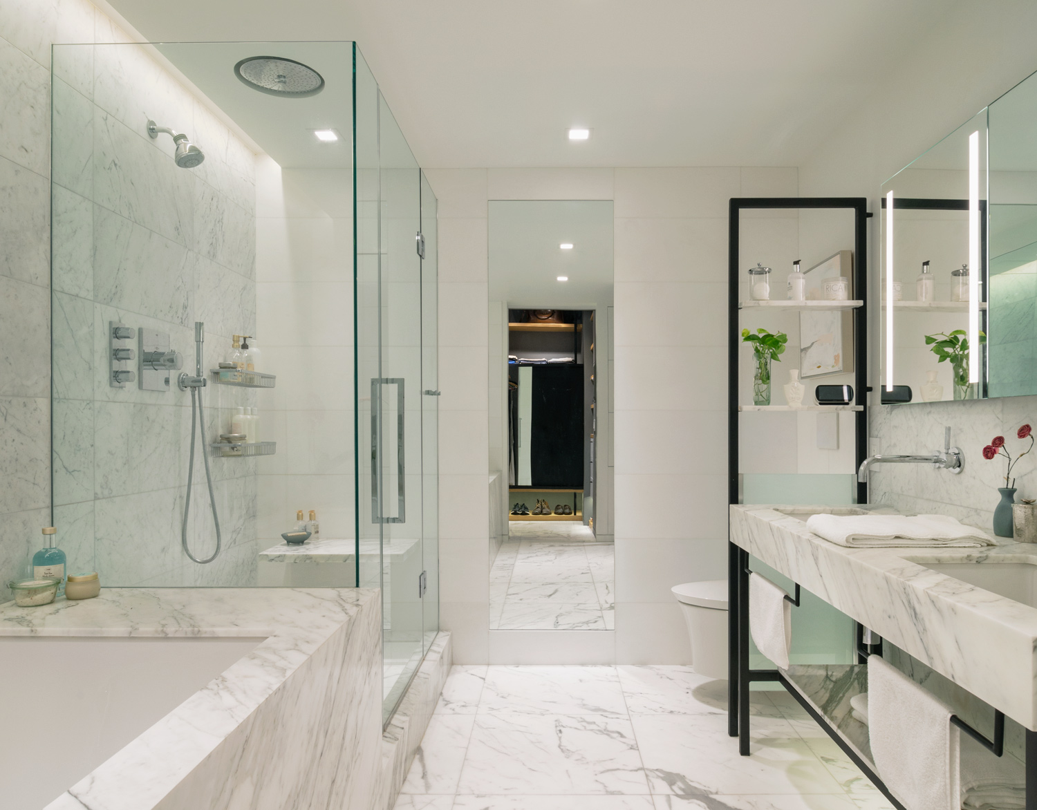 new-york-architect-adi-gershoni-master-bathroom-4.jpg